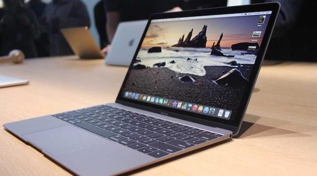 Cupertino - Semua rumor yang beredar soal seperti apa wujud MacBook Pro terbaru belakangan ini ternyata benar. Sebab, Apple secara resmi t...