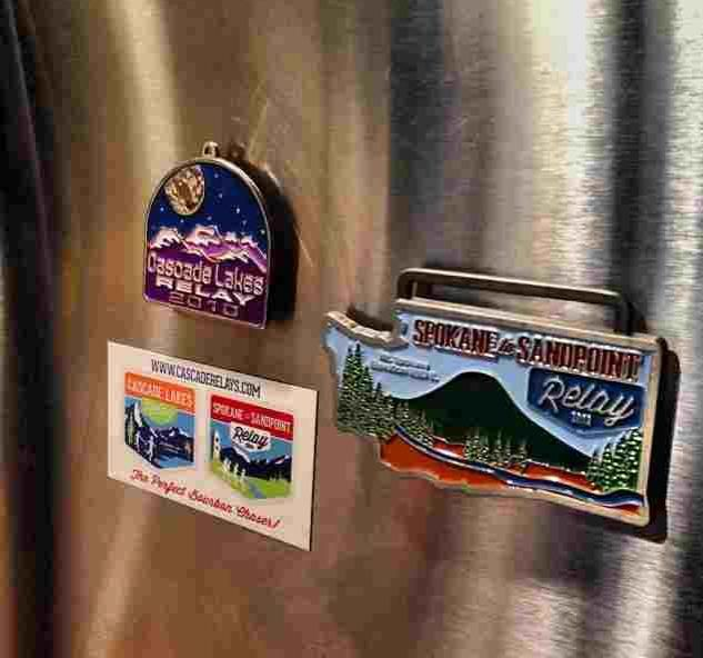 how to turn stickers into fridge magnet