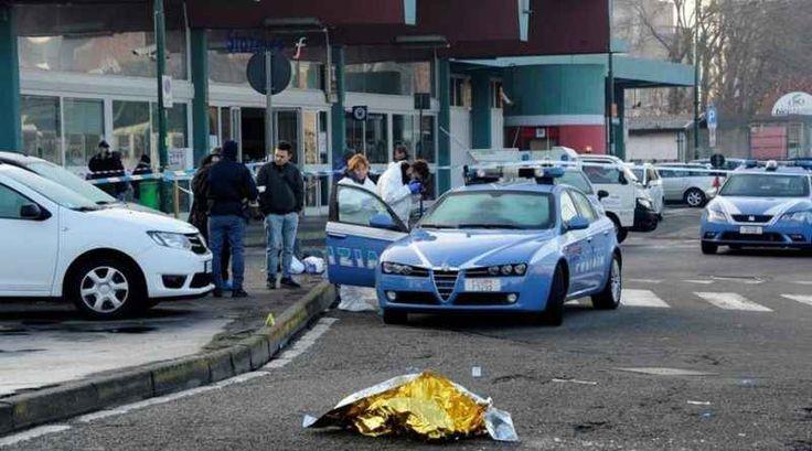 Gli agenti che uccisero il terrorista Amri non avranno una medaglia Il governo tedesco ha deciso di non dare una medaglia al valore ai due agenti della Polizia di Stato che fermarono e uccisero Anis Amri, il 24enne responsabile della strage ai mercatini di Natale a B #polizia #germania #terrorista #medaglia