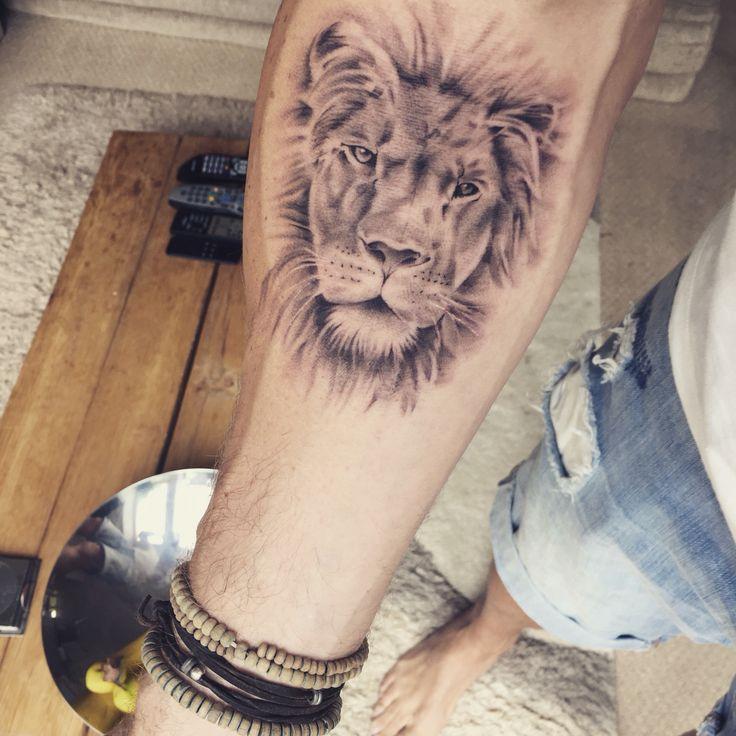 43 best tattoo ideas images on pinterest tattoo designs animal tattoos and simple lion tattoo. Black Bedroom Furniture Sets. Home Design Ideas