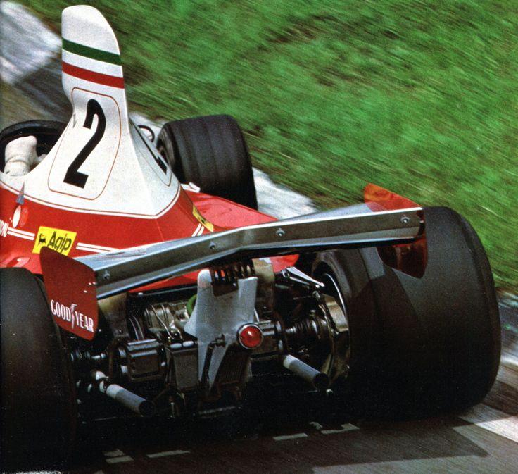 Clay Regazzoni (Ferrari) Grand Prix du Brésil - Interlagos 1976 - L'Automobile mars 1976.