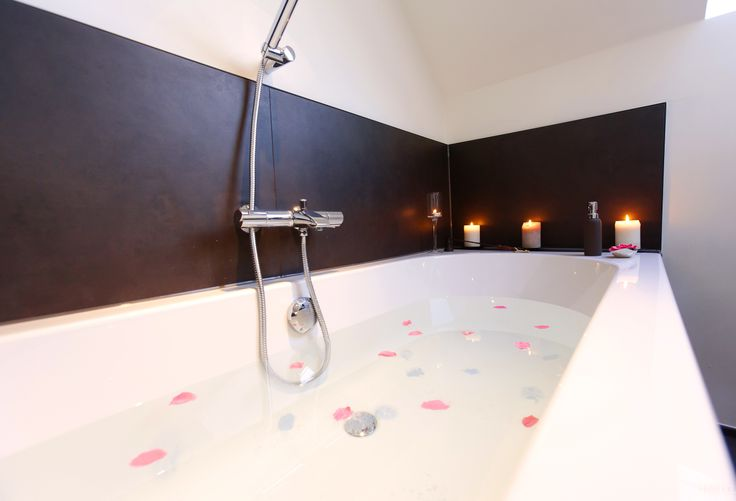 Romantic bath in Bed & Breakfast in Wallonia (Belgium)
