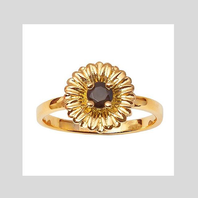 DAISY RING #gold Shop now by following the link in bio or check out the full range at correyandlyon.com.au