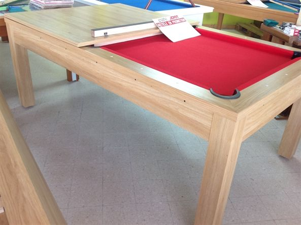 Un billard table en promotion