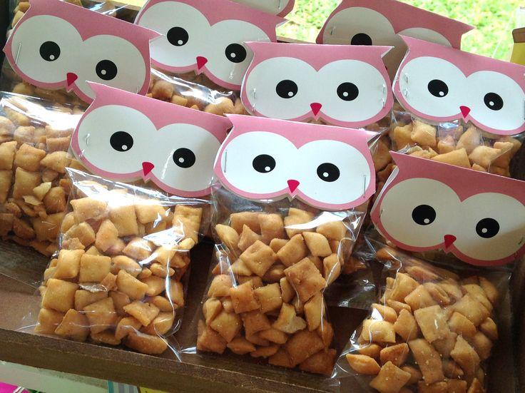 Unos ojotes de búhos para los deliciosas torritos del bautizo de Hannia!