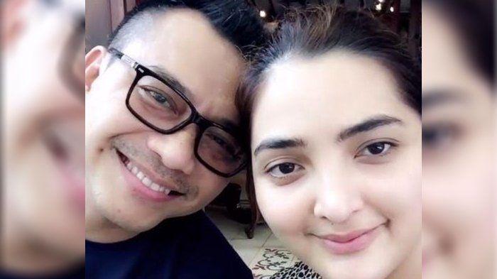 Instagram Ashanty - Posting Video Produk Kecantikan, Netizen Pangling dengan Pria di Belakangnya