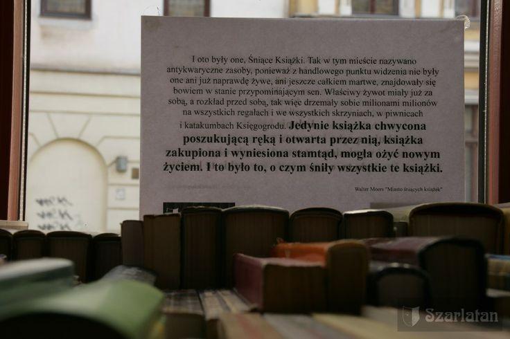 antykwariat, książka, książki, book, read, antique shop; antiquarian bookshop, old books shop, fot. Stanisław Karolewski