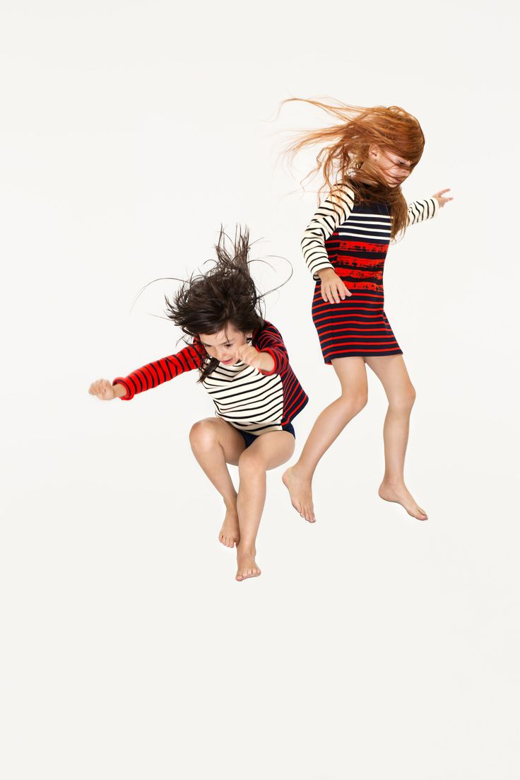 Petit Bateau x Cédric Charlier girl's dress. - http://www.petit-bateau.fr/?CMP=SOC_11732&SOU=&TYP=SOC&KW=pinterest #petitbateau #cedriccharlier #dress