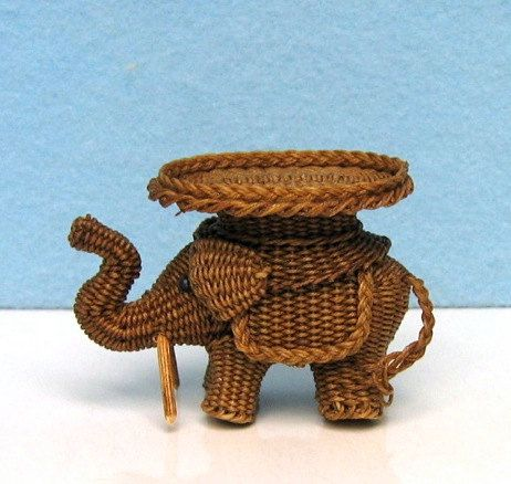 Miniature Wicker Elephant coffee table in one inch scale by @eclecticminis | classic as a wicker chair.