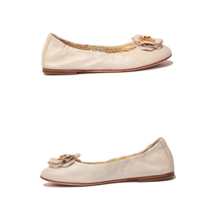 Miss Blumarene  children shoes Art. 9011  Size 33, 34 www.fiera-italia.com.    Praha, Vaclavske namesti 28.    Pasáž U STÝBLU.  Fiera Italia.    Shoes boutique.