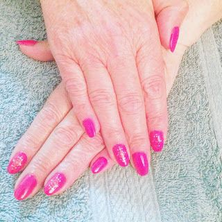 Tara's Blog : Ann's nails- we went with pink flambeby Gel-it an...