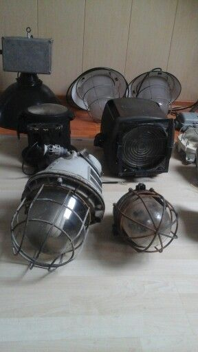 Industriële lampen van oud en echt via Marktplaats