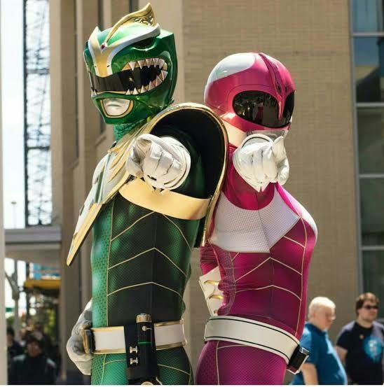 These Power Ranger cosplays looks amazing! #SonGokuKakarot