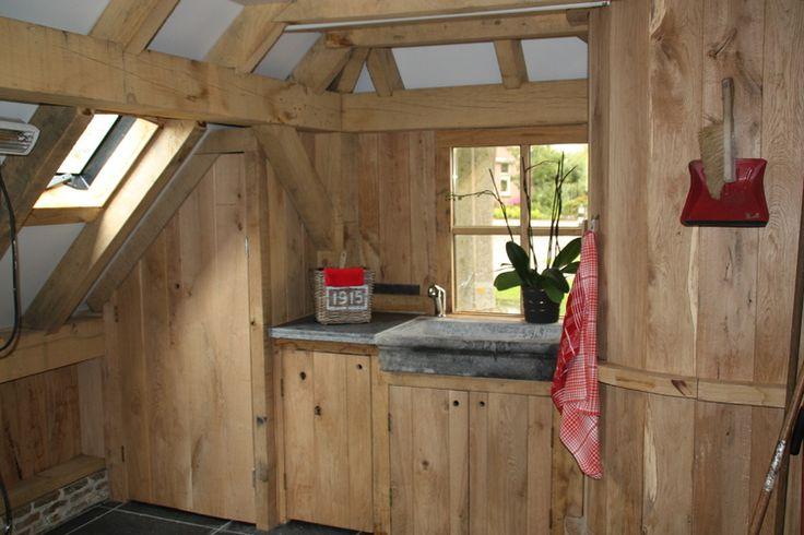 25 beste idee n over schuren van hout op pinterest schuren meubels vlekken houten meubelen - Interieur gevelbekleding houten ...