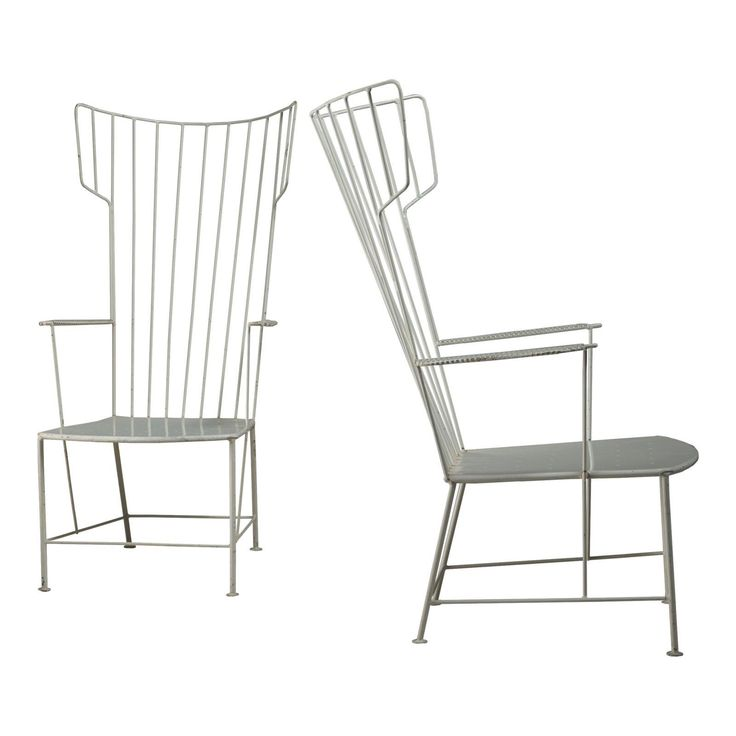 Praun and Lauterbach Pair of White Metal Garden Chairs, Austria, 1950s