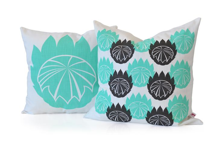 iSpy's King Protea aqua cushion combo
