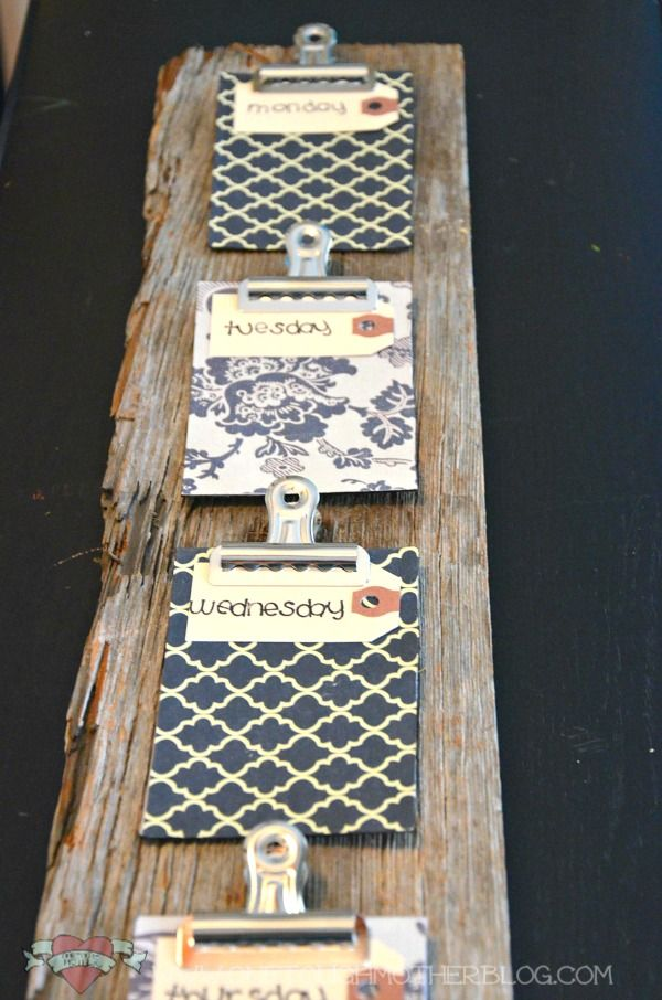DIY Week-At-A-Glance Calendar from Repurposed Wood - would put pics on the boards instead