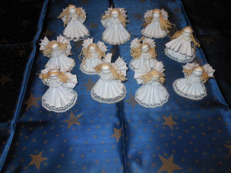 vánoce 2O14 andílci z papíru