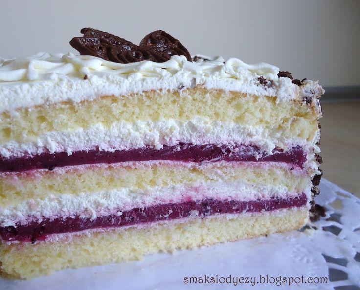 Smak Słodyczy: tort śmietankowy z musem porzeczkowym