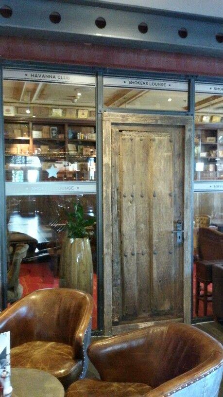 """Spirit of ST. Louis"" die Bar im Belle Rock (Europapark-Hotel, Rust)"