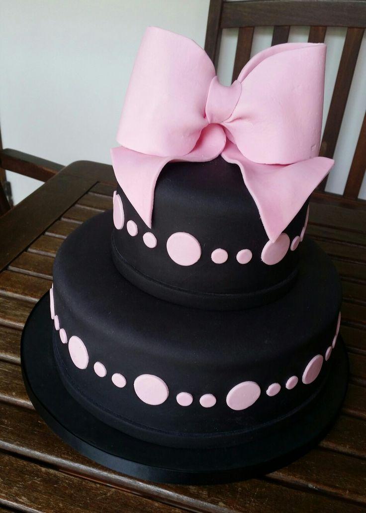 Black & Pink cake