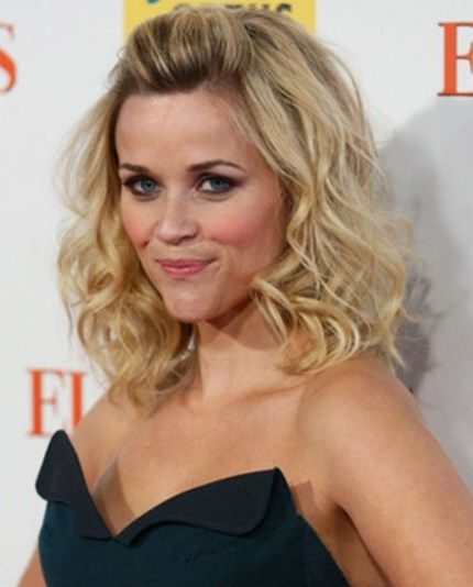 Reese Witherspoon Long Hair Curly Quiff Hair In 2019 Curly Hair