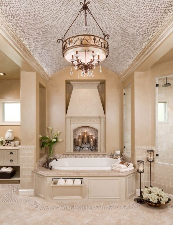 Creamy Toned Bathroom With Garden Tub Bathroom Decor