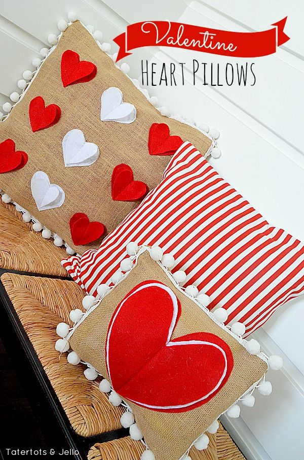 Valentine Heart Pom Pom Pillows (Tutorial) | Tatertots & Jello