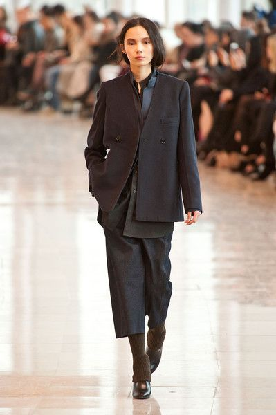 Christophe Lemaire at Paris Fashion Week Fall 2014 - Runway Photos