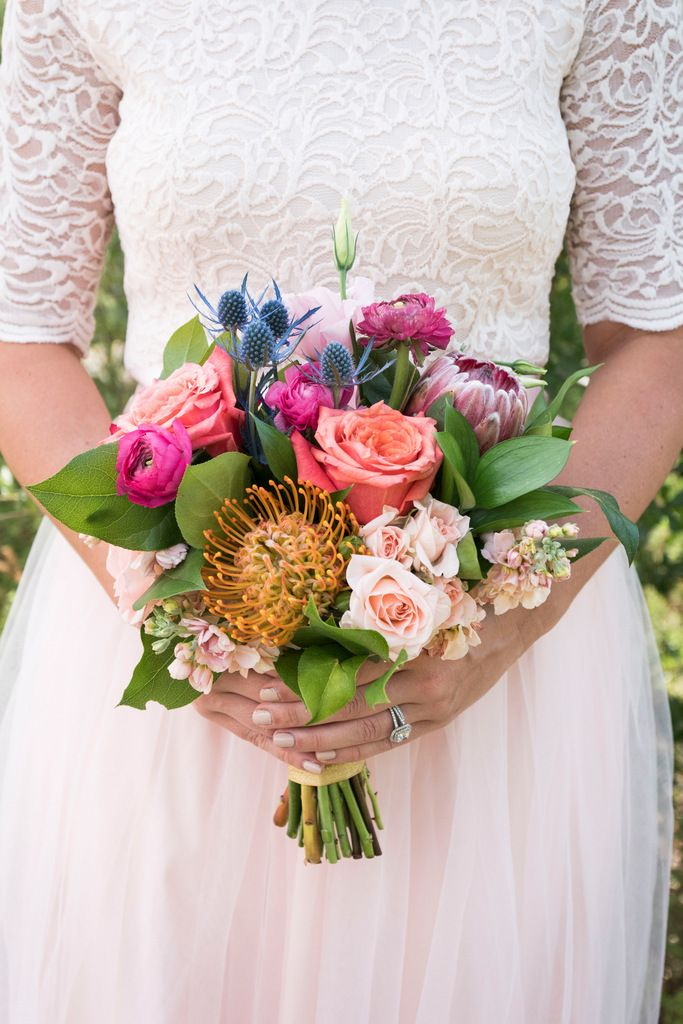 REAL WEDDING | Colorful and Vibrant California Wedding