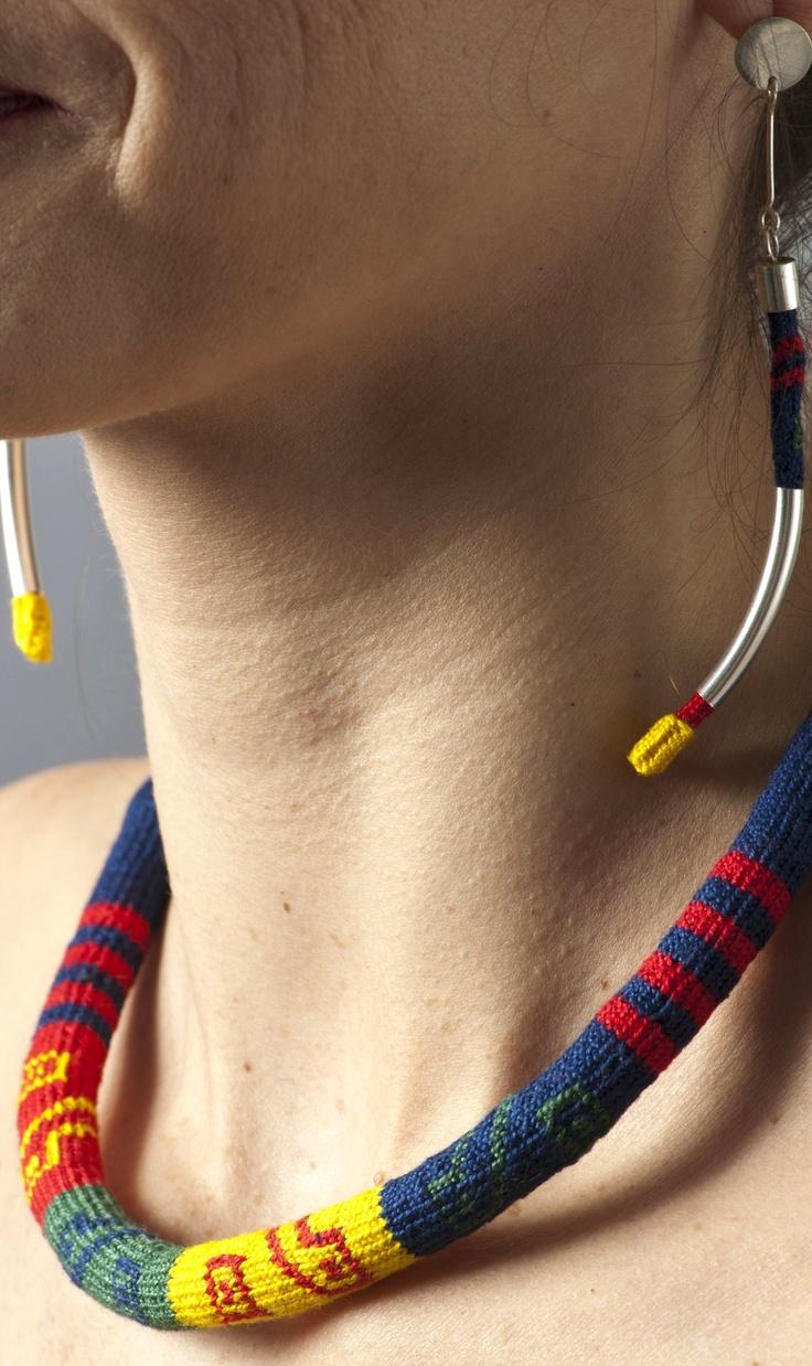 "Necklace and Earrings Set Inspired by the Inka Key Unku/Conjunto de collar y aros ""Unku llave Inka"""