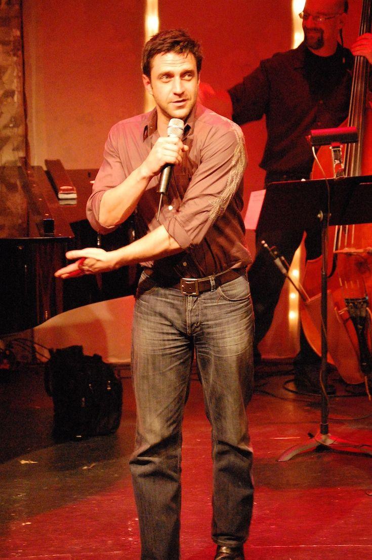 Raul Esparza (Rafael Barba from SVU) - major TV crush