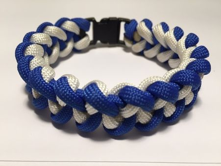 The Shark Jawbone bracelet is a great looking bracelet without all the bulk.  This bracelet can also be reversible with the right buckle.  We offer a wide variety of color and buckle options.