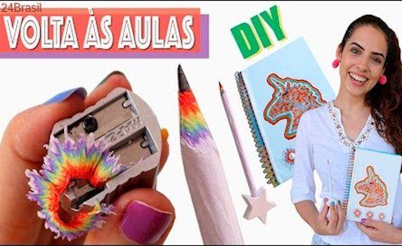 VOLTA ÀS AULAS: DIY LÁPIS ARCO-ÍRIS E CADERNO | Paula Stephânia