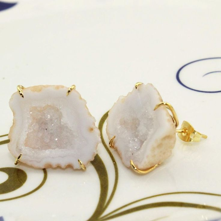 H2006 Halloween Sale Natural White Geode Druzy Gold Plated Stud Earring Jewelry #Handmade #Stud