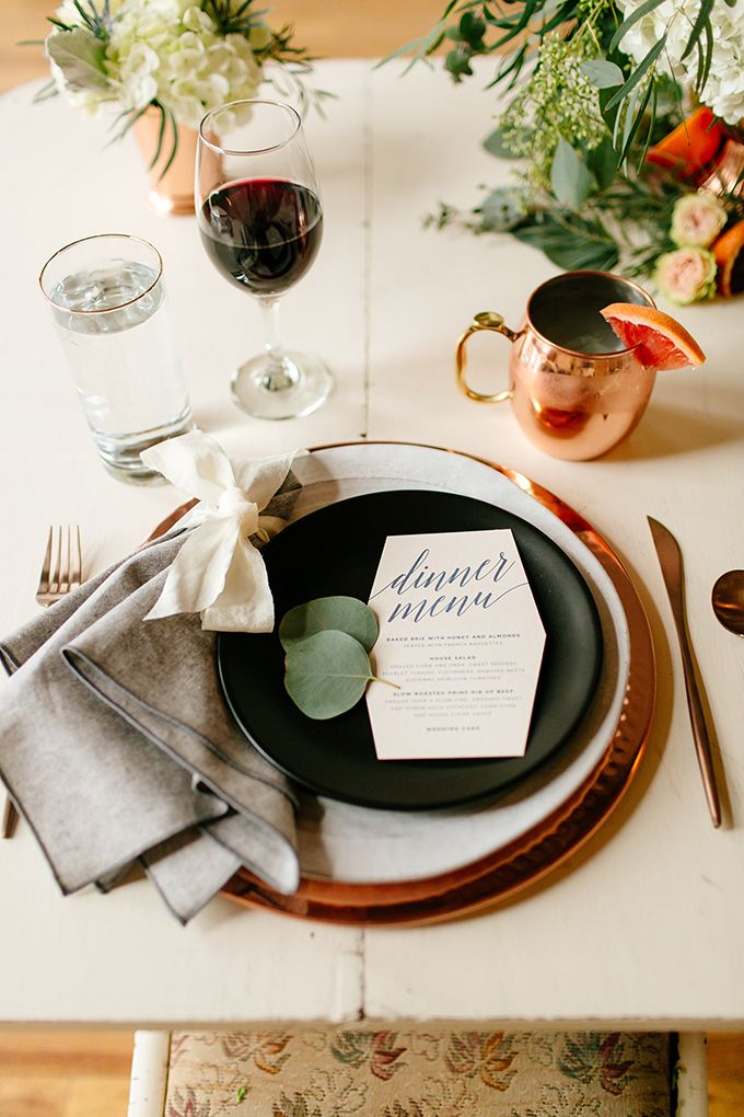 modern organic place setting | Leah Fontaine Photography | Glamour u0026 Grace & 2146 best wedding table settings images on Pinterest | Table ...