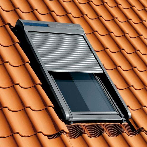 Volet roulant solaire Velux 114x118 - 650€