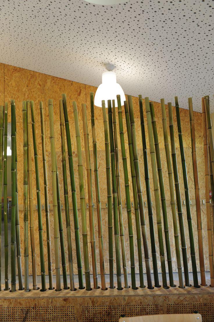 Construction d'un restaurant scolaire  Maîtrise d'ouvrage : Commune de Vendays Montalivet maitrise d'œuvre : H27architectes - Marc Benayoun livraison : 2013 photographe : Marc Benayoun