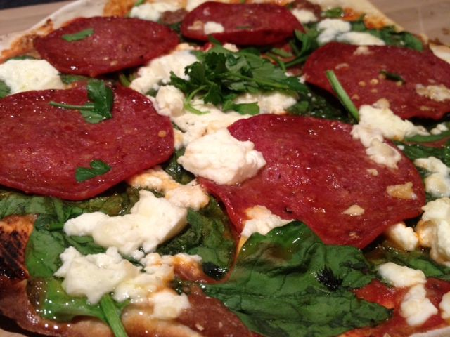 Never order pizza take out again!!! Home made pizza's @ Fitness, Food and Style: June 2012, awesome blog too <3Fit Food, Buy, Fit Healthy, Blog, Healthy Food, Cleaning Eating, Drinks, Pizza Night, Fitness Foods