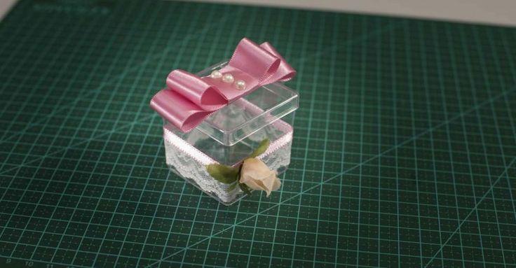 Aprenda a decorar uma caixa de lembrança | Buscando sonhos