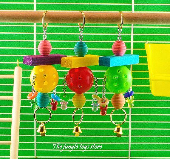 Jouet à suspendre très coloré de 6''  15cm par TheJungleToysStore