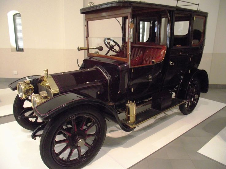 1910 Wolseley 12-16 Town Car