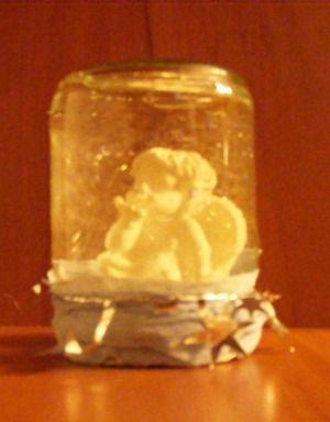Bébiételes üvegből-Hó(gömb?)angyal
