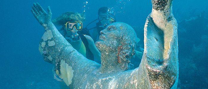 Scuba Diving in beautiful John Pennekamp Coral Reef State Park