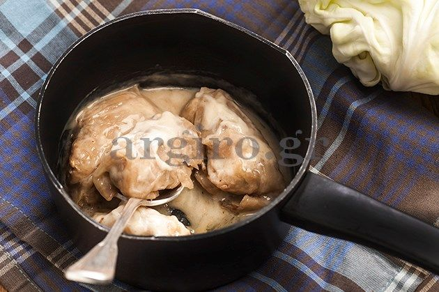 Σαρμάδες με λάχανο, αβγολέμονο και κρέμα