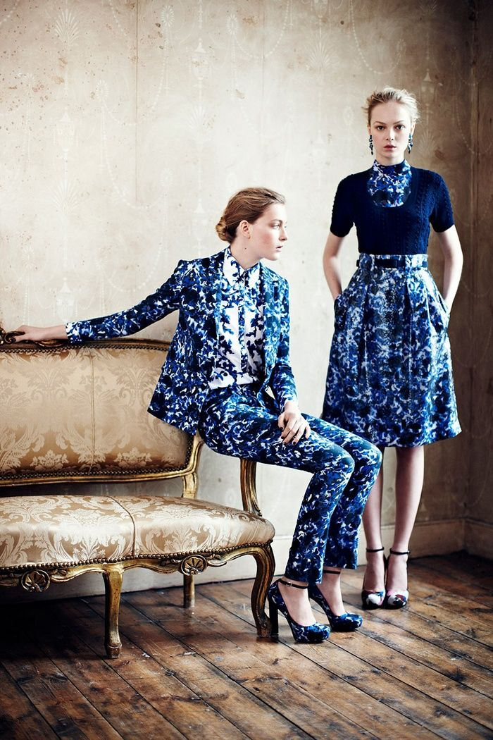 A lady suit. Erdem Resort 2013