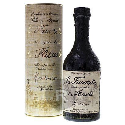 Médaillé d'or du Concours Général Agricole de Paris, le rhum La Favorite Cuvée Flibuste Millésime 1986 est un rhum d'une douceur incomparable