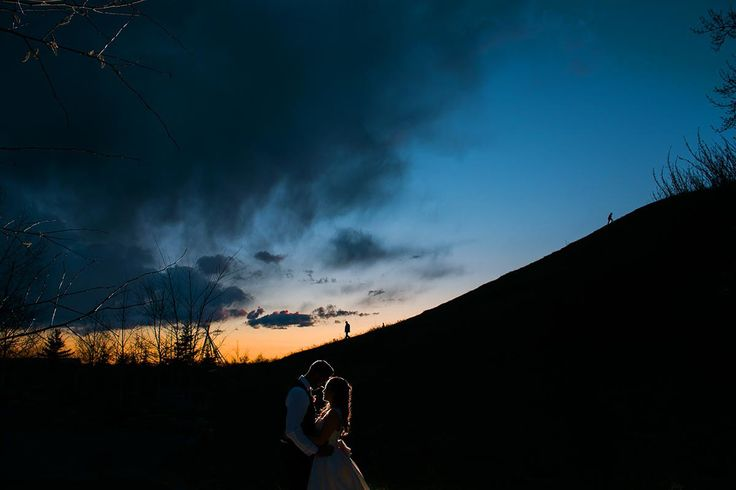 Sunset bride and groom portrait from Calgary wedding photographers Abby Plus Dave.