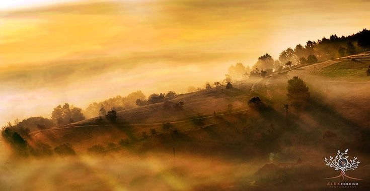 Photographer Wakes Up At 5AM To Hike The Transylvanian Mountains And Capture Stunning Landscapes » Design You Trust. Design, Culture & Society.