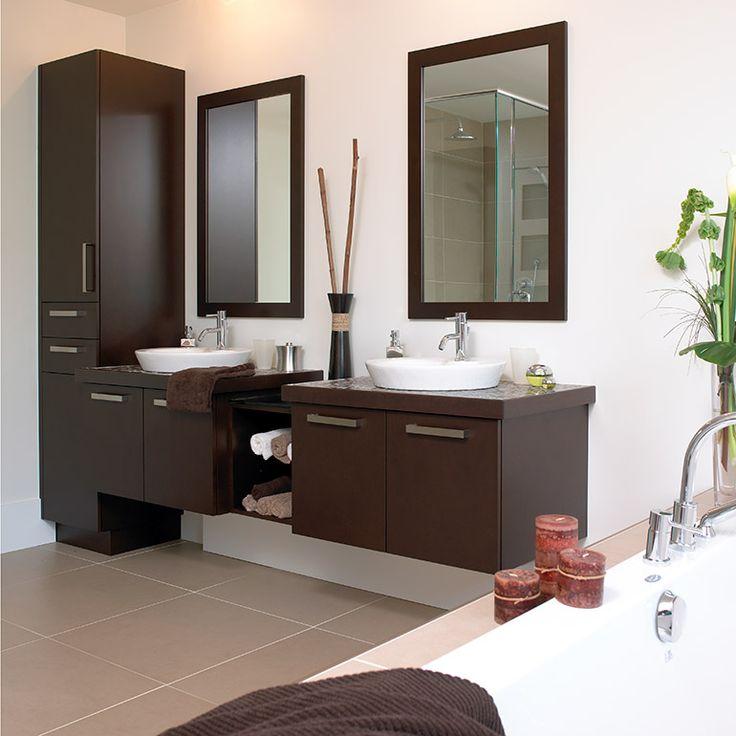Salle de bain de style urbain en bois